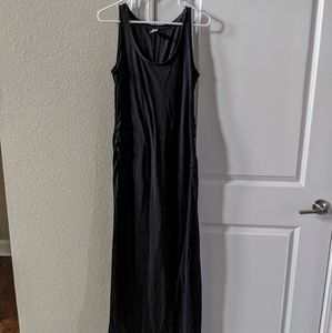 Old Navy long maxi maternity dress with slit